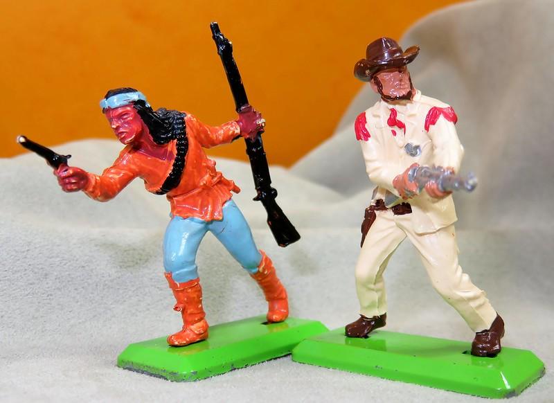 Toy soldiers, cowboys, indians, space men etc - Page 3 32009382328_9a41fa1680_c