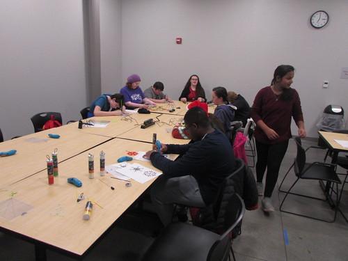 2018: Make It: Holiday Doodling Fun Teens - December 13