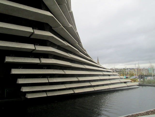 Exterior Curve, V&A Dundee