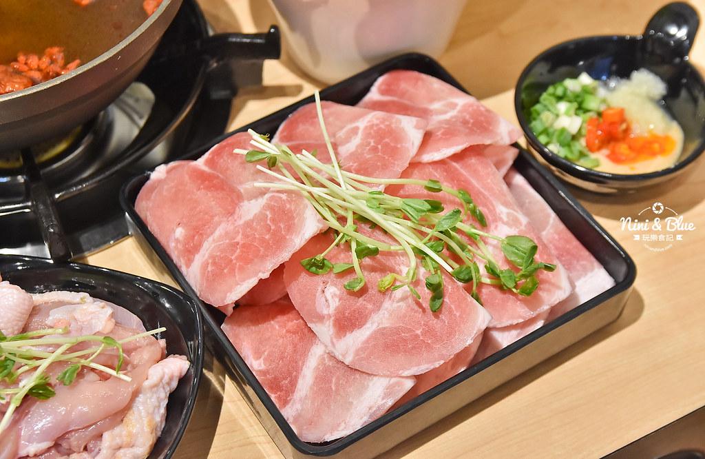 台中火鍋推薦 大樂鍋 海陸鍋 燒酒雞 麻辣12