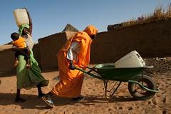 Fetching water, Darfur
