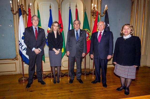 Secretário Executivo recebe cartas credenciais do Embaixador do Chile em Portugal