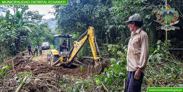 División de Mantenimiento Viene Rehabilitando el Tramo Carretero Condormocco - Alto Urusayhua