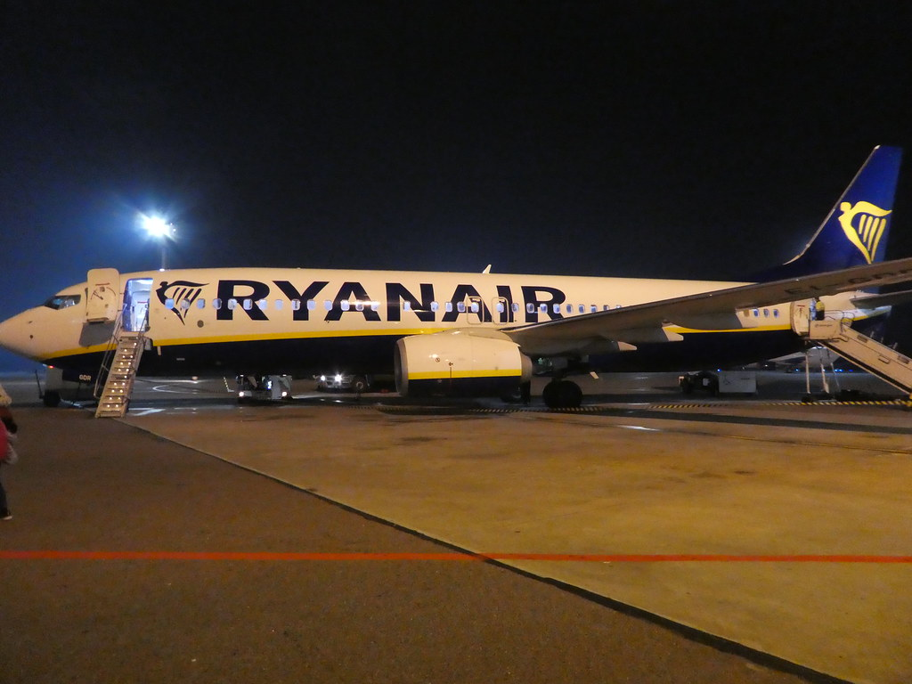 Ryanair Vilnius airport