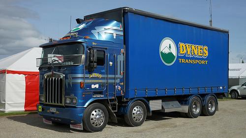 2003 Kenworth K104 Truck.