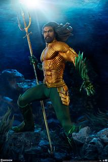 唯有英雄才能超越國王! Sideshow Collectibles Premium Format Figure 系列《水行俠》水行俠 Aquaman 1/4 比例全身雕像作品