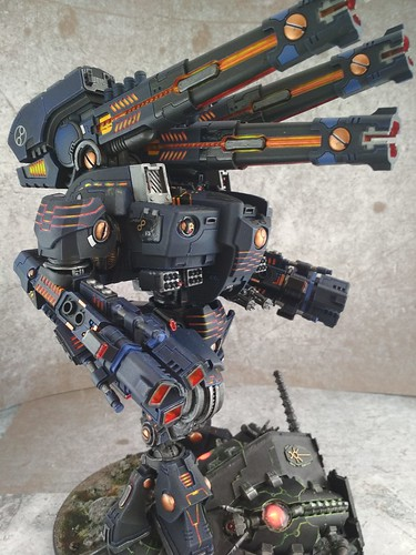 KX139 Taunar Supremacy Armour with Battlesuit Commander00021
