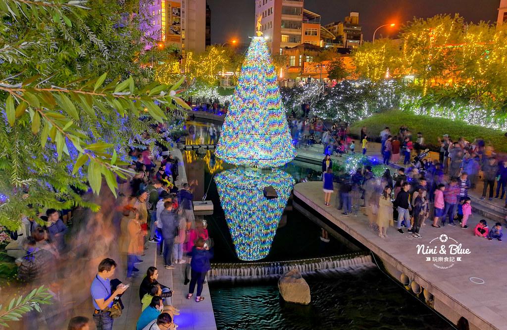 46233340072 756ce656f1 b - 2018年台中聖誕節光景藝術 水中耶誕樹