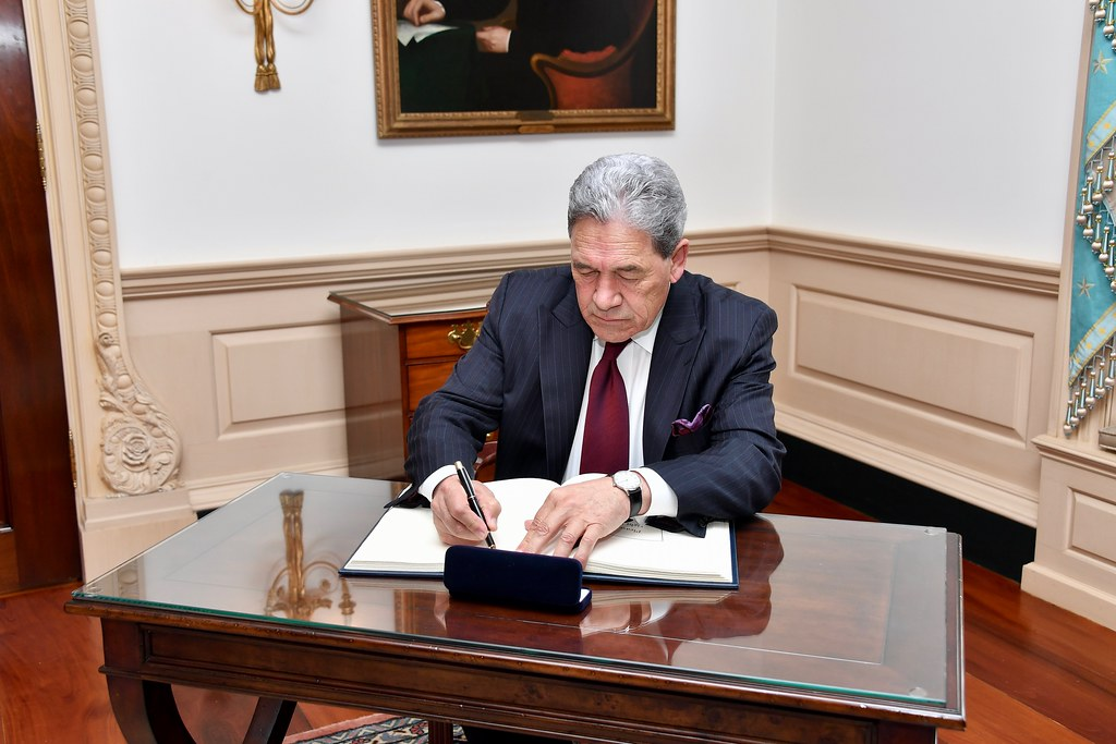 New Zealand Deputy Prime Minister Winston Signs the Department Guestbook