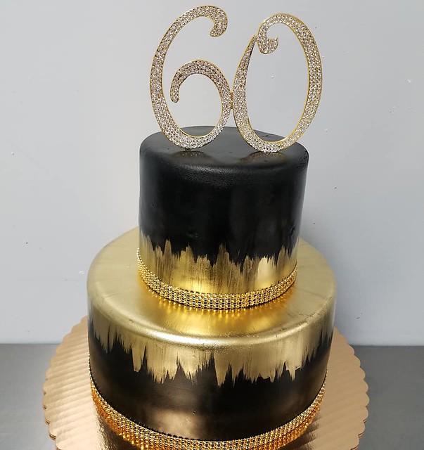 Cake by Edo's Cakes