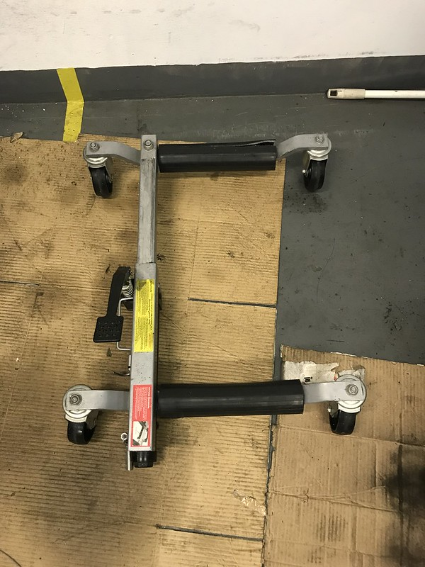 Product Review Update: SCA Hydraulic Vehicle Positioning Jack