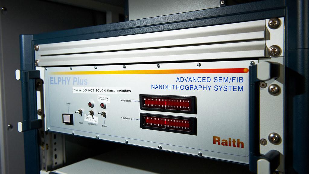 Nanofabrication facility: nanoscale lithography