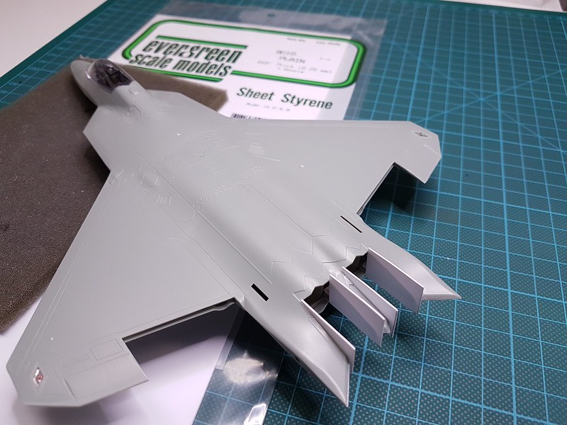 Academy 1/72 F-22A Air Dominance Fighter - Sida 4 45236963155_4597410805_c
