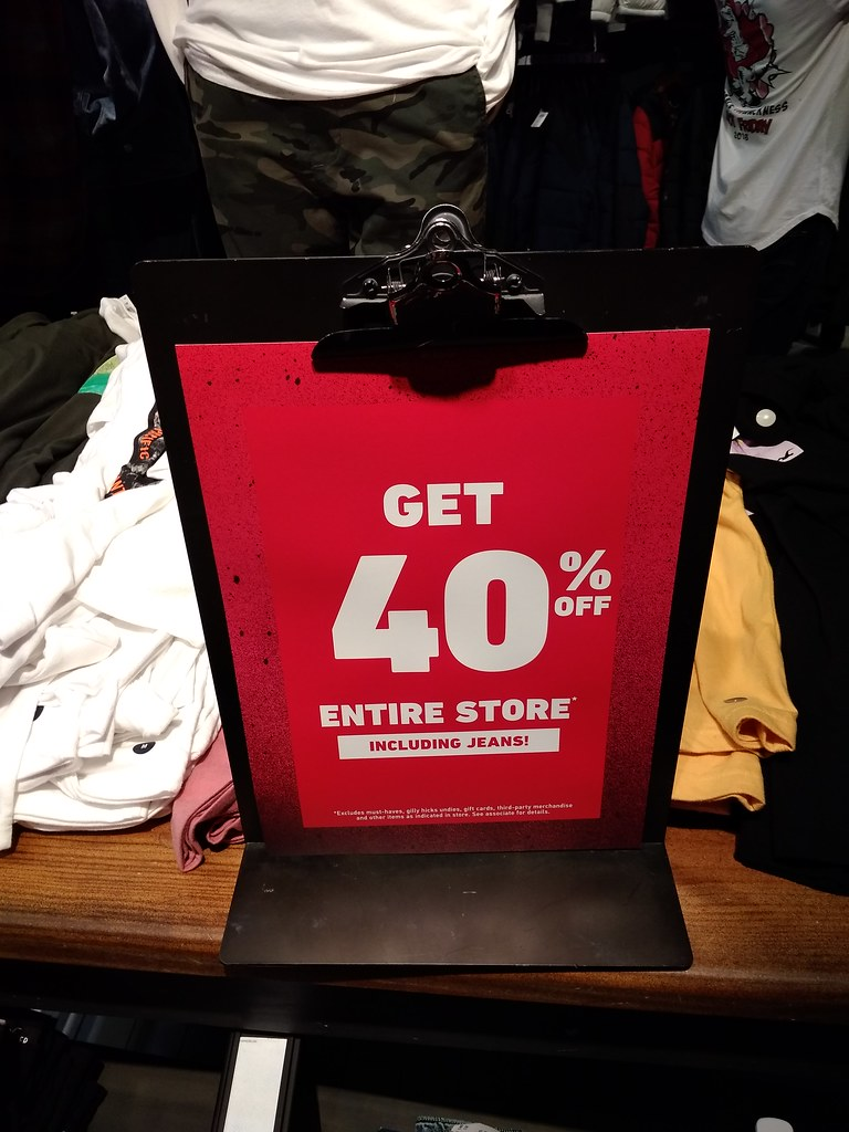 Hollister 40% OFF Entire Store