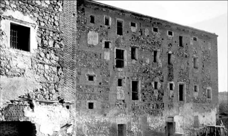Convento de San Gil antes de su restauración. Archivo Cortes de Castilla-La Mancha