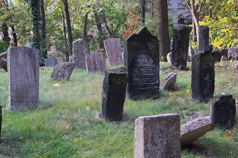 Praga - Antigo cemiterio xudeu - Antiguo cementerio judio - Old Jewish Cemetery - 01