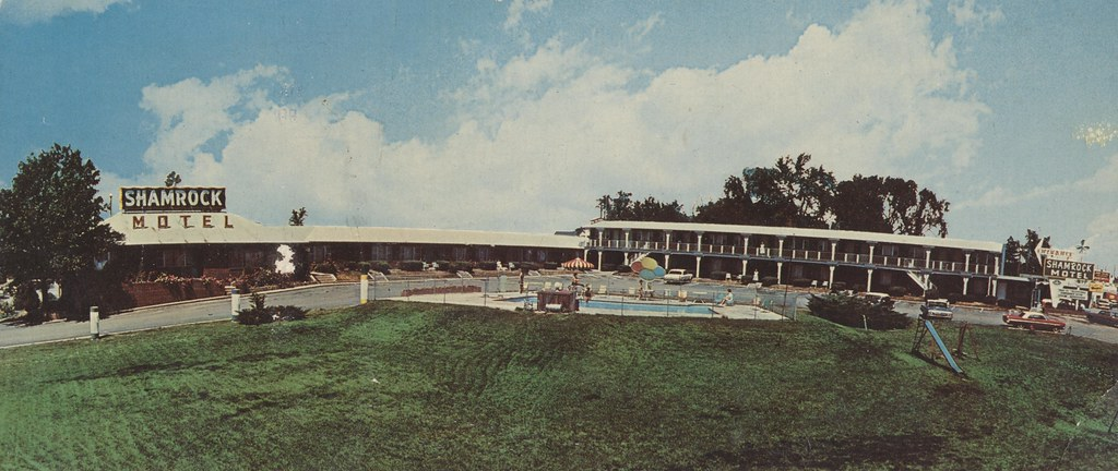Shamrock Motel - Chillicothe, Missouri