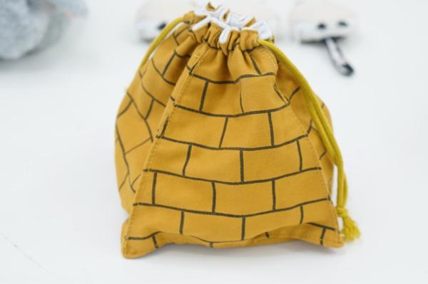 メジェドさま召喚巾着のサイズ、値段、使い方
