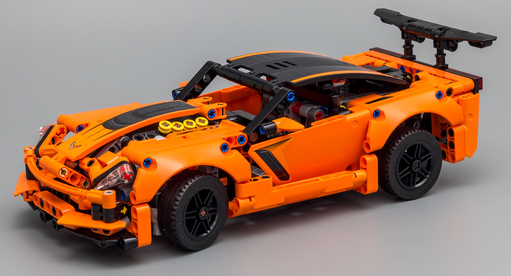 review 42093 chevrolet corvette zr1 lego technic and. Black Bedroom Furniture Sets. Home Design Ideas
