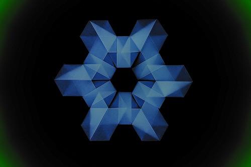 Origami Snowflake (Martin Sejer Andersen)