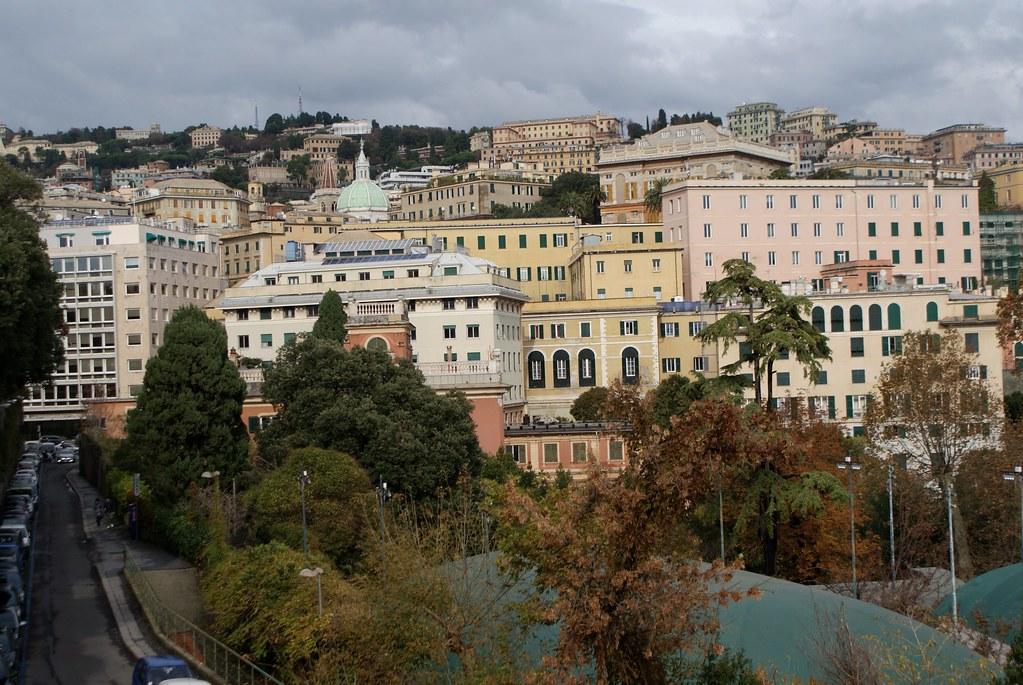Vue panoramique depuis le parcSpianata dell'Acquasola à Gènes