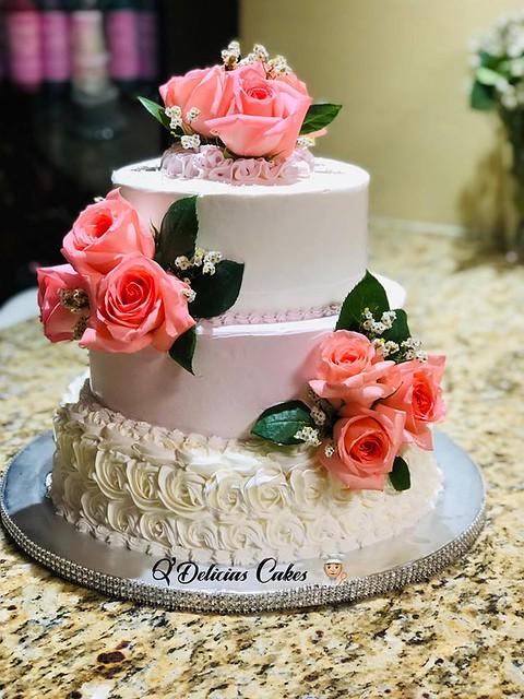 Wedding Cake by Q'Delicias Cakes