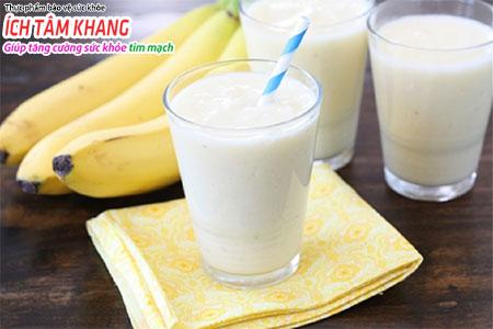 Sữa ít béo và trái cây tươi tốt cho sức khỏe người bệnh suy tim