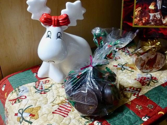 Christmas Oreos at FromMyCarolinaHome.com