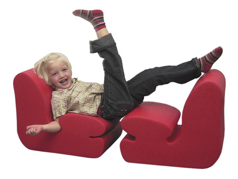 Factors to consider when buying an ergonomic office chair for your kid