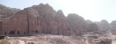 Looking at Royal Tombs in Petra (9)