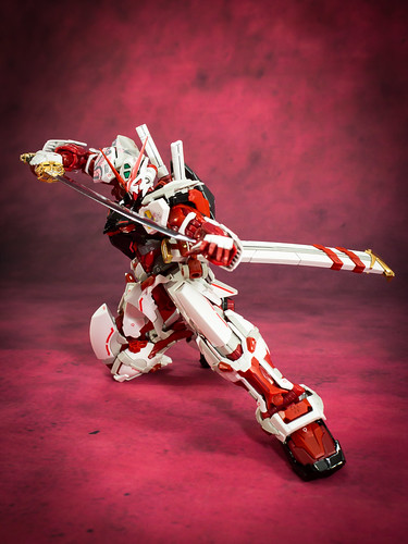 HiRM_Astray_Red_Frame_25