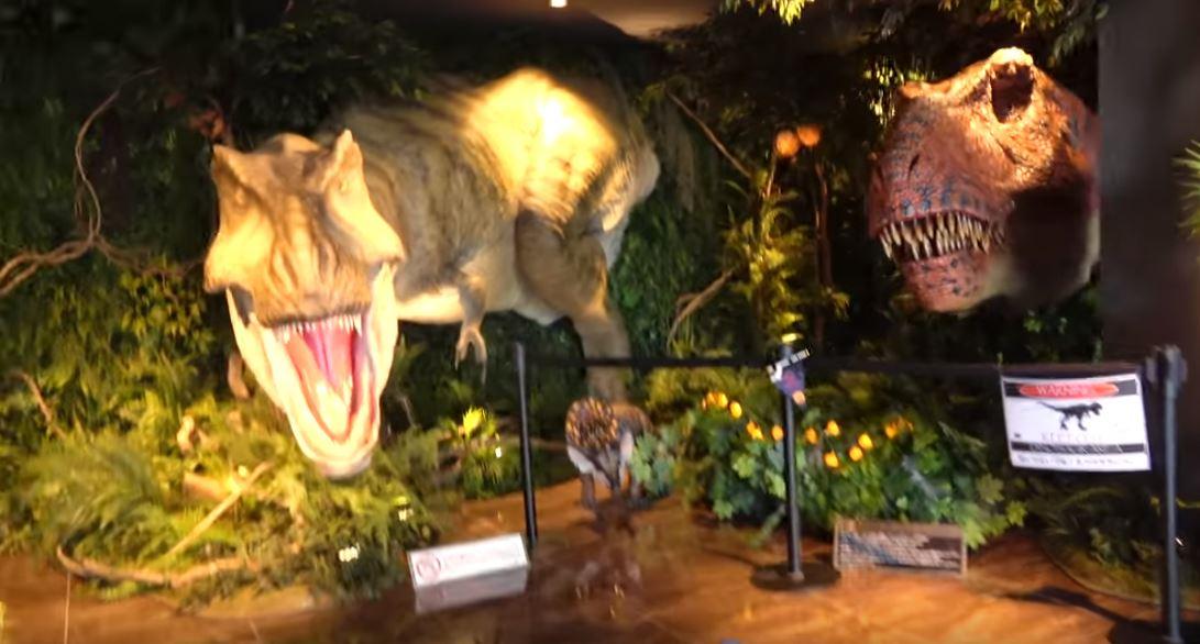 Отель с динозаврами-роботами в Японии