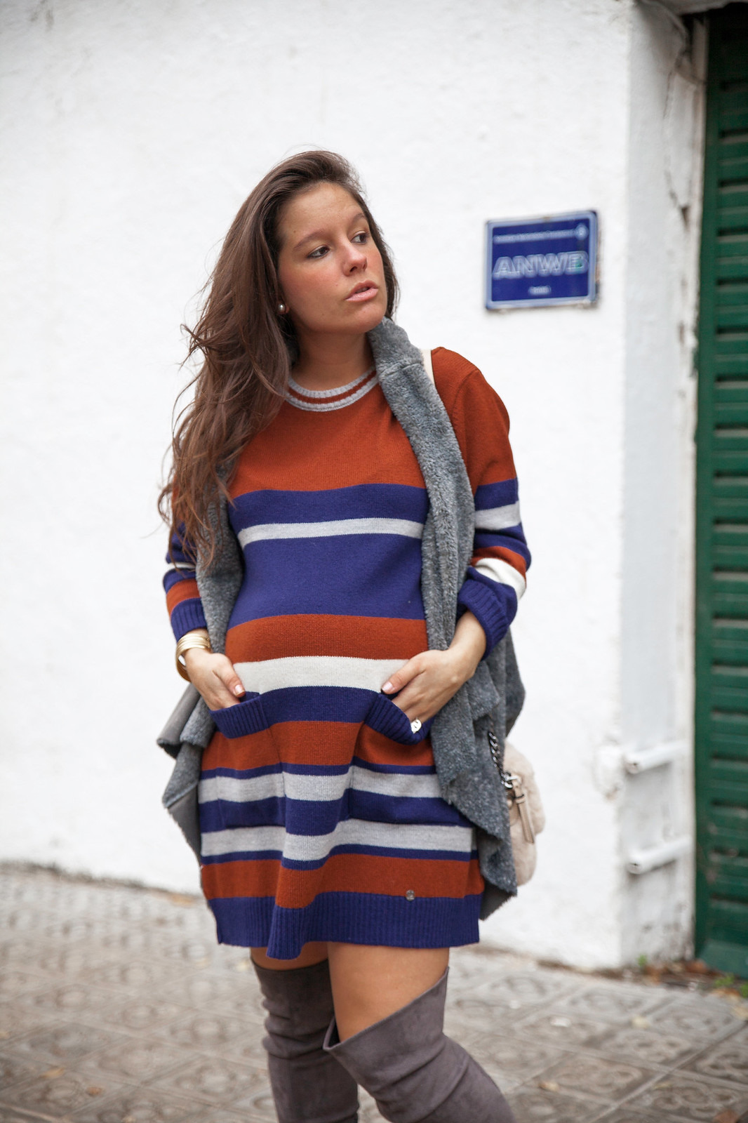 011_Vestido_rayas_punto_chaleco_look_embarazo_tercer_trimestre_theguestgirl_fashion_influencer_fashion_portugal_brand_ruga