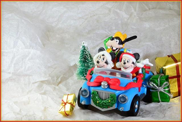 Mickey's Christmas Card