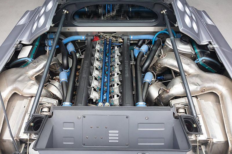 bugatti-eb110 (1)