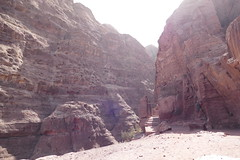 Path to the Treasury Viewpoint in Petra (3)