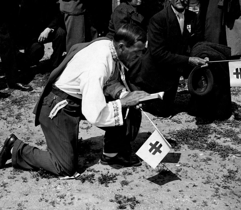 1938. Демонстрация Словацкой народной партии в Прессбурге по случаю 20-й годовщины Питтсбургского договора (соглашение об автономии Словакии 30 мая 1918 года)