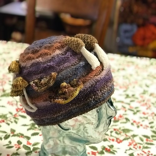 Sandi (sandima)'s Mushrooms in the Moss Beanie test knit