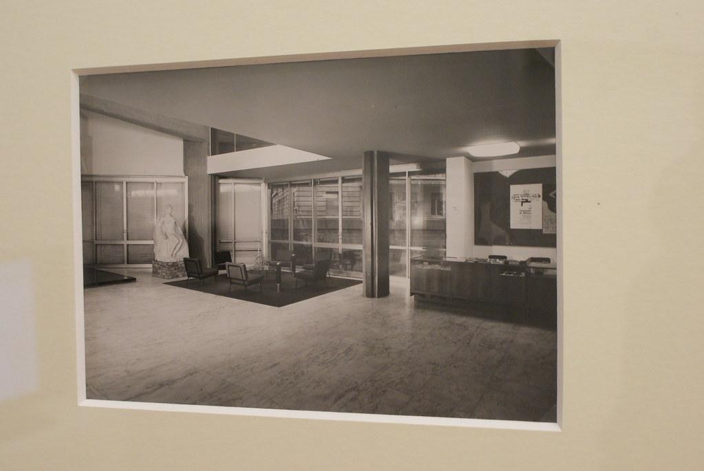 Intérieur de la GAM Torino à l'ouverture du musée d'art moderne.