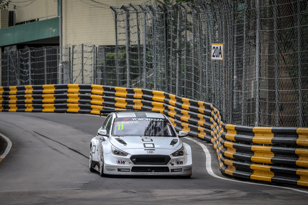 11 BJORK Thed, (swe), Hyundai i30 N TCR team Yvan Muller Racing, action during the 2018 FIA WTCR World Touring Car cup of Macau, Circuito da Guia, from november  15 to 18 - Photo Alexandre Guillaumot / DPPI