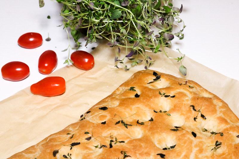 Palakakkuakiitos_foccacia_tomaatti_feta