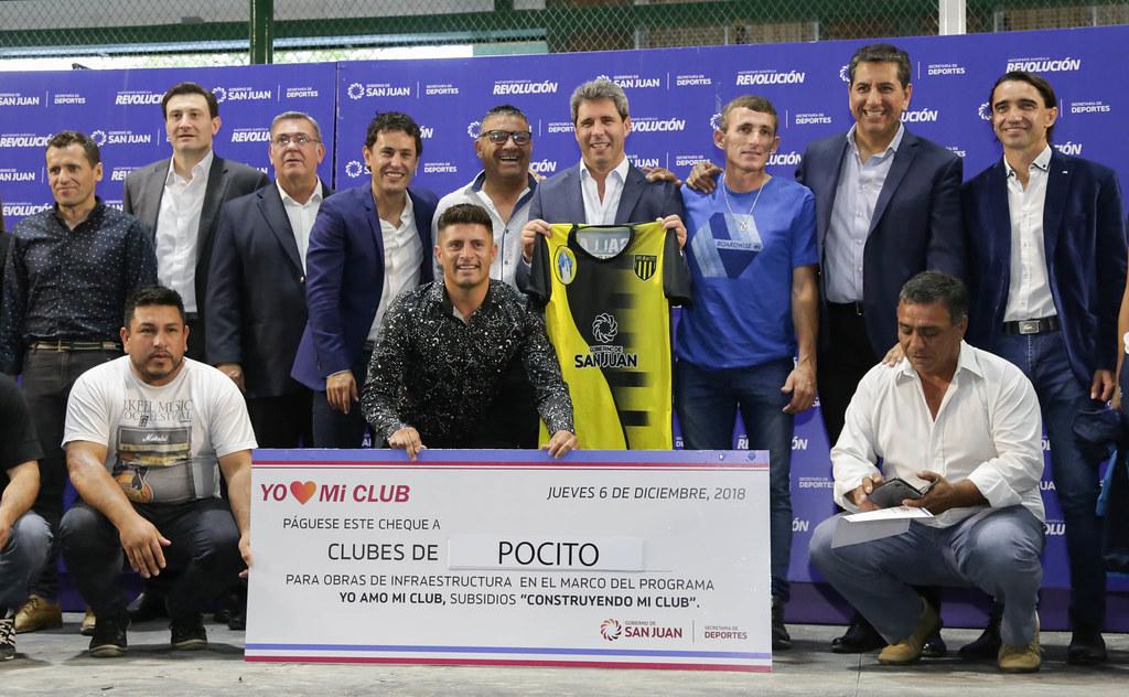 """2018-12-06 PRENSA: El Gobernador """"Sergio Uñac"""" entregò subsidios a clubes deportivos"""
