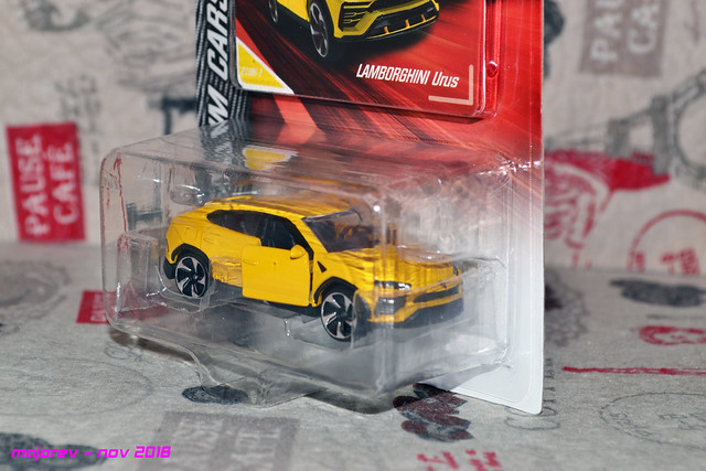 N°219H - Lamborghini Urus 46194175311_49b94d58e7_z