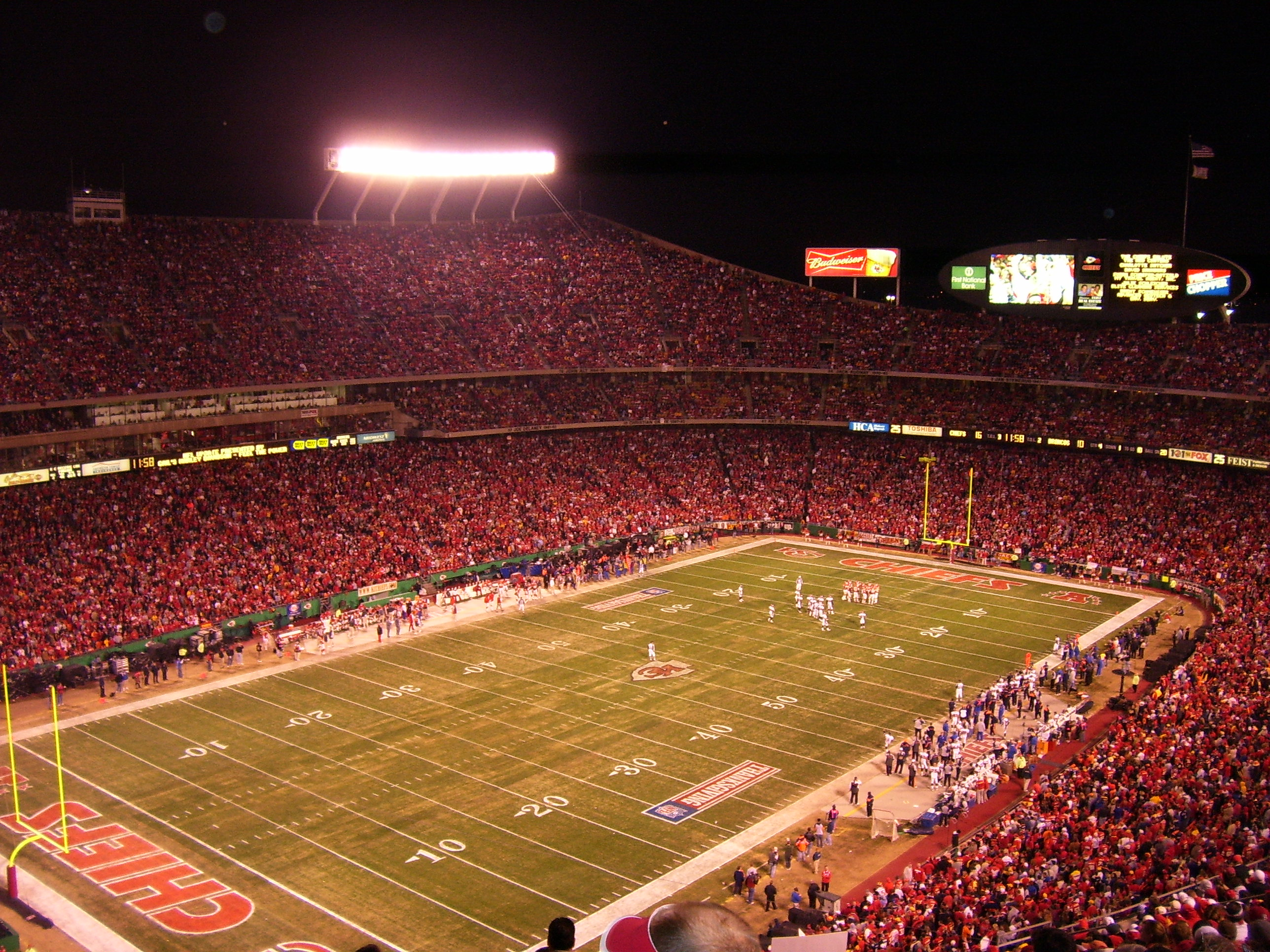 Denver Broncos at Kansas City Chiefs, NFL Thanksgiving tripleheader game at Arrowhead Stadium in Kansas City, Missouri, on November 23, 2006.