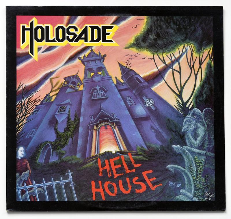 A0565 HOLOSADE Hell House 8613