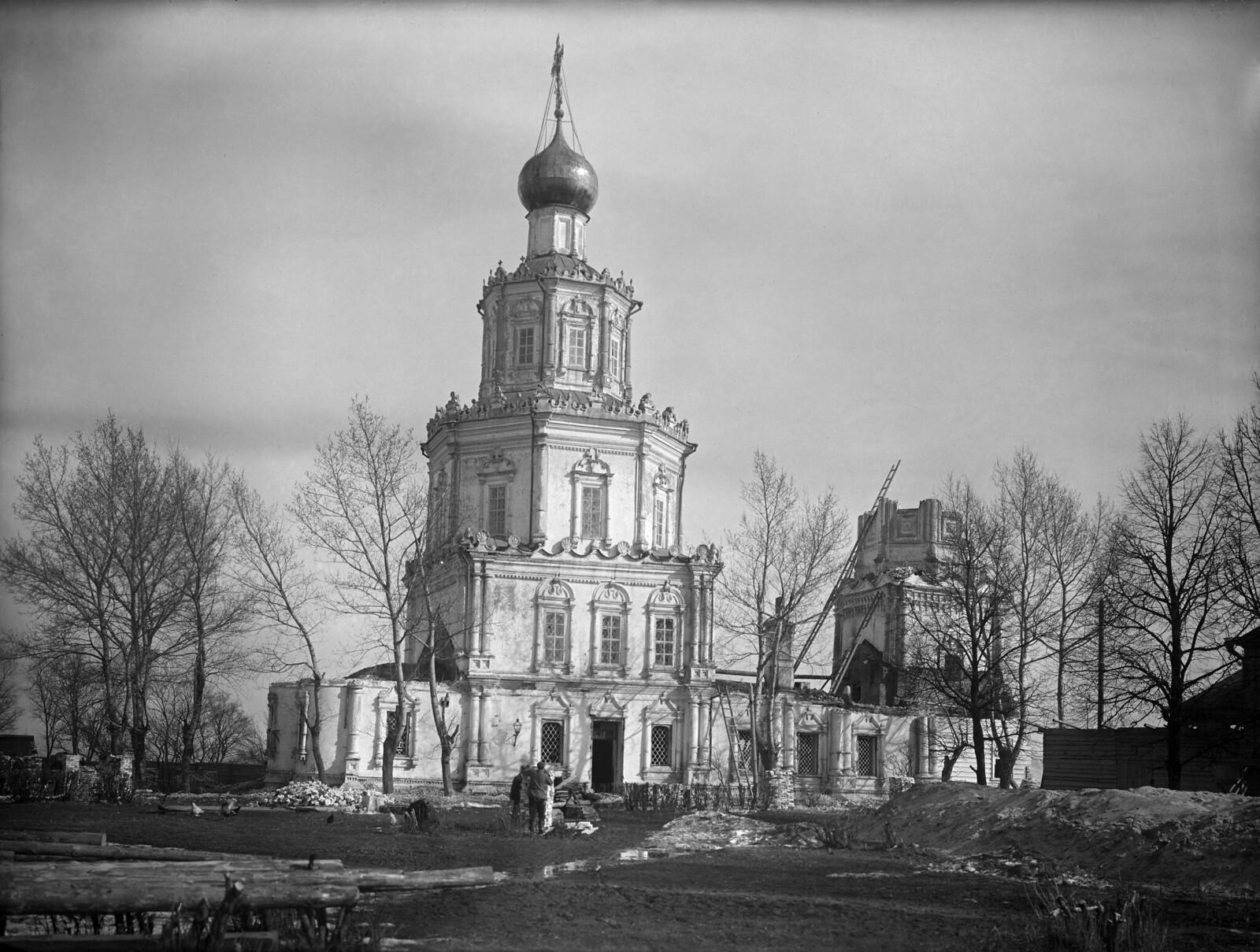 Георгиевская церковь перед сносом