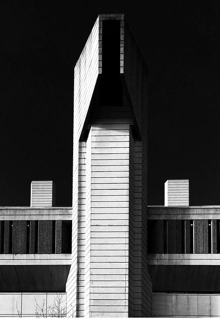 Robarts Library, University of Toronto