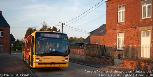TEC Namur-Luxembourg 4.303 - Ligne 823