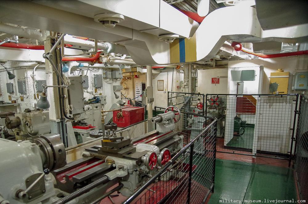 HMS Belfast-240