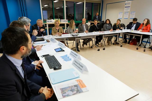 Bac 2021: rencontre avec des parents, élèves et personnels de l'éducation nationale